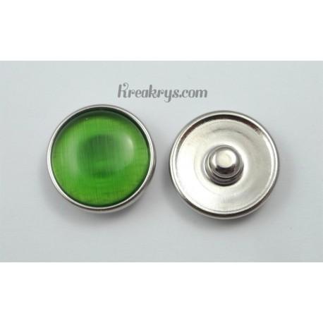 Bouton pression verre dit oeil de chat vert clair