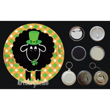 Badge Saint Patrick's mouton noir chapeau et trèfles fond jacquard orange
