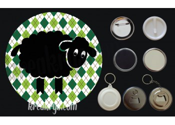 Badge Saint Patrick's mouton noir fond jacquard losanges