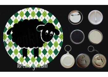 Badge Saint Patrick's mouton noir fond jacquard losanges