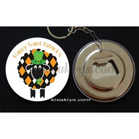 Badge 58 mm Porte Clé Décapsuleur happy saint patrick's mouton noir