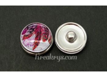 Bouton pression verre plumes peintes dans les tons violets et rouges
