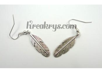 Boucles d'oreilles Charm's argentées plume