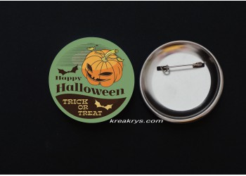 Badge Broche épingle Halloween Rétro treack or treat