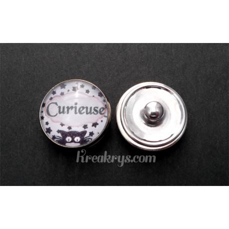 Bouton pression qualité et défaut : Curieuse
