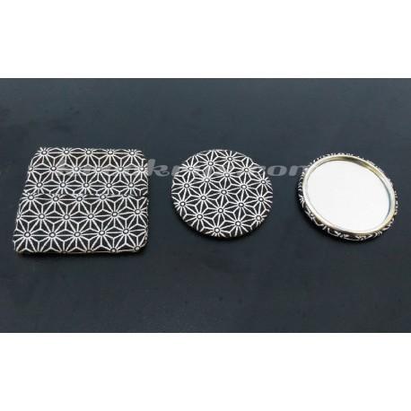 Badge 58 mm Miroir de poche avec tissu asanoha noir et blanc et sa pochette