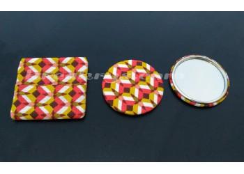 Badge 58 mm Miroir de poche avec tissu kheops rouge/moutarde et sa pochette