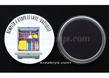 """Badge 25 mm Magnet collection """"Ma routine des tâches"""" : Remplir/vider le lave vaisselle"""