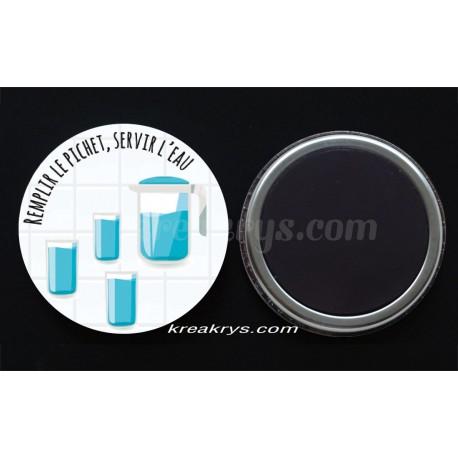Remplir le pichet/servir l'eau