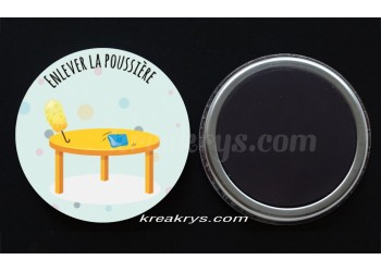 """Badge 25 mm Magnet collection """"Ma routine des tâches"""" : Enlever la poussière"""