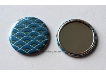Badge 58 mm Miroir de poche avec tissu seigaiha bleu canard