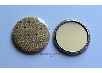 Badge 58 mm Miroir de poche avec tissu Asanoha jaune moutarde
