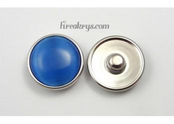 Bouton pression Oeil de chat bleu clair