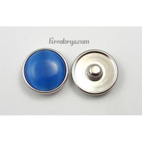 Bouton pression verre dit oeil de chat bleu clair